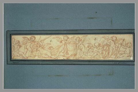 Frise avec angelots tenant les instruments du martyre ; un dragon