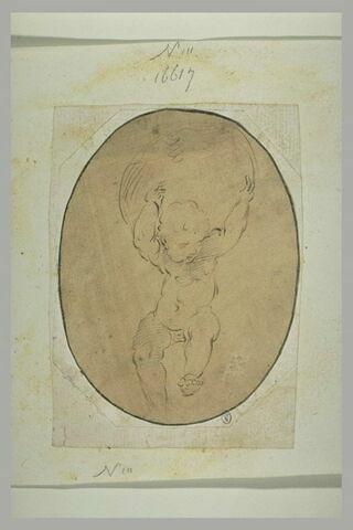Un enfant nu portant une sphère sur les épaules