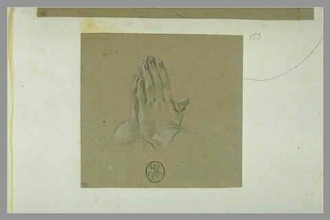 Etude de mains jointes