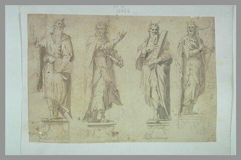 Quatre statues dont celles de David et Moïse