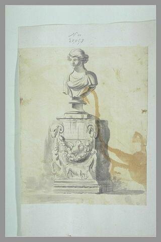 Buste d'une déesse sur un socle