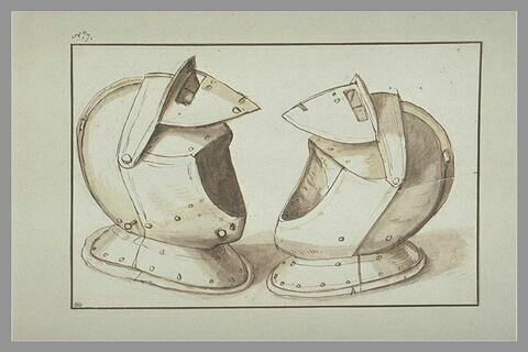 Etude de deux casques d'armures