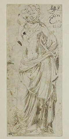 Statue antique d'une nymphe ou d'une divinité marine