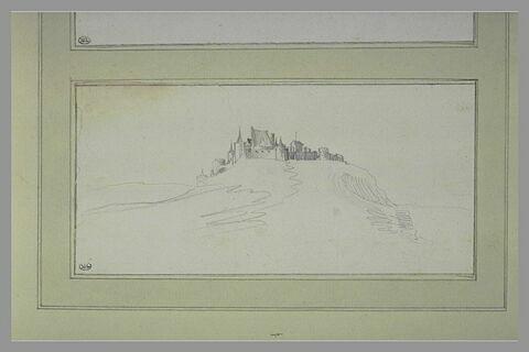 Château-fort, avec ses dépendances, sur une hauteur isolée
