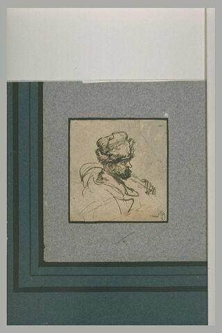 Tête d'homme, de profil, portant un bonnet de fourrure