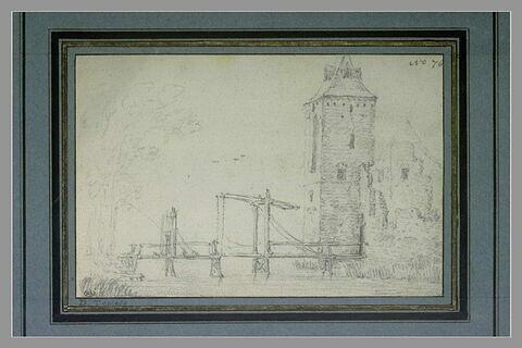 Pont à bascule, et tour carrée à l'entrée d'une ville
