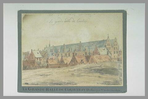 Courtrai : la grande halle et quelques maisons environnantes