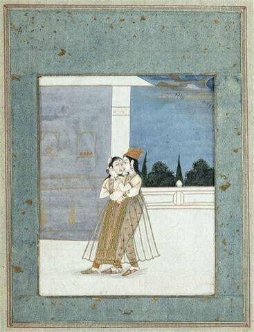 Homme embrassant une femme