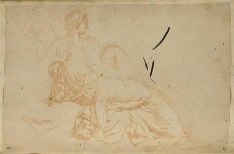 Femme assise vue de dos, de trois quarts à droite tenant une corne d'abon...