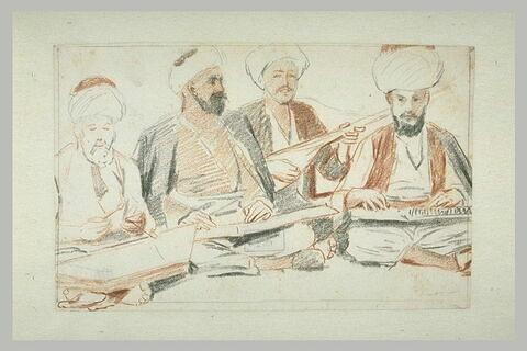 Quatre musiciens turcs accroupis