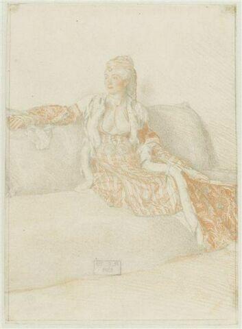 Dame de Constantinople assise sur un divan