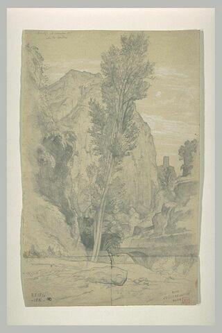 Paysage sur les bords d'une rivière à Amalfi