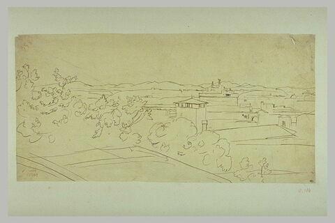 Vue du château Saint-Ange se détachant sur les montagnes