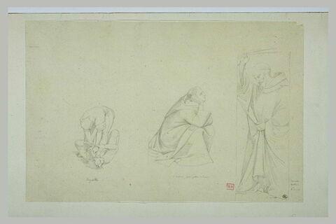 Deux hommes luttant ; un moine accroupi ; un moine debout levant un bras