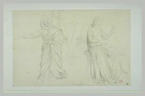 Christ debout tendant le bras droit, portant l'étendard ; ange assis