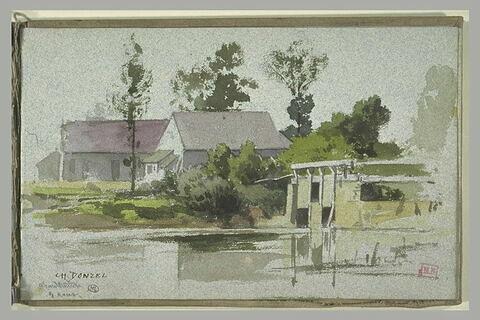 Vue d'une rivière près de Chardonnière bordée de maisons
