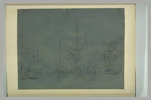 Navires à l'ancre dans un port