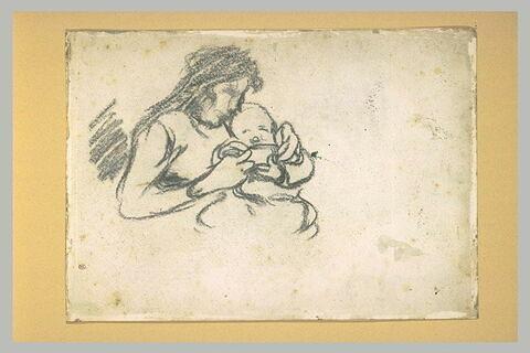 Femme nourissant son enfant