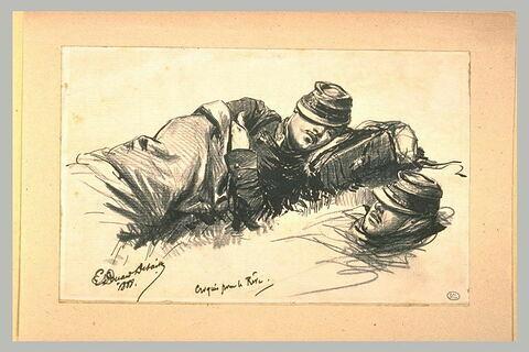 Deux soldats endormis couchés, la tête vers la droite