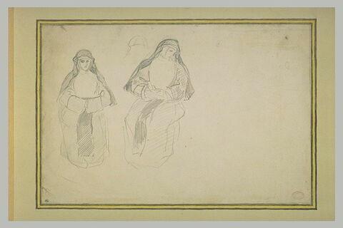 Deux femmes en costume de religieuse