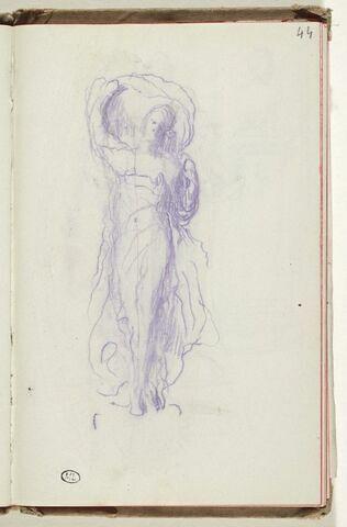 Figure drapée tenant un voile