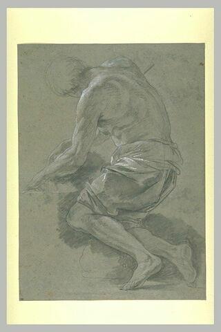 Homme agenouillé vers la gauche, torse et jambes nues