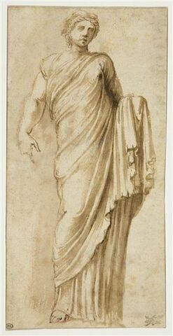 Femme debout, drapée : statue antique de Koré (?)