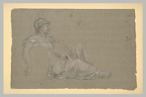Femme drapée et casquée, assise de profil