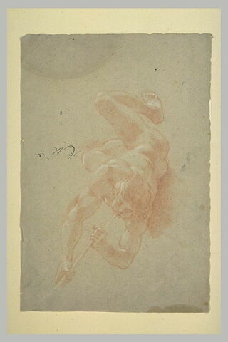 Figure nue volante, soufflant dans une trompette