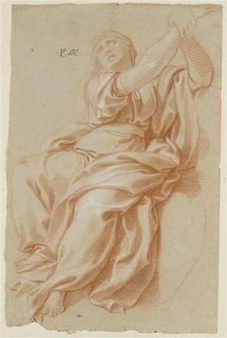 Femme drapée, assise, les deux bras levés