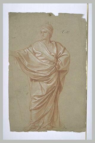 Femme debout, drapée et couronée