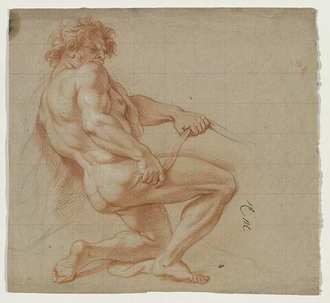 Homme nu, de profil, un genou à terre