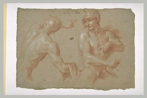 Deux cavaliers nus, casqués, à mi-corps