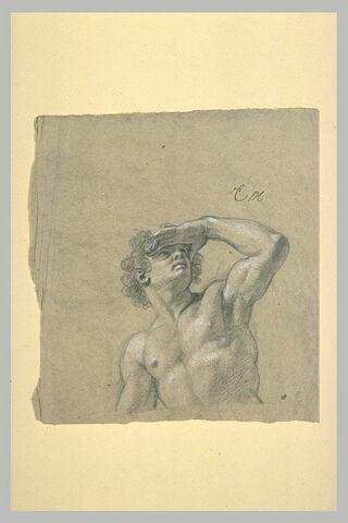 Homme nu, à mi-corps, une main en visière