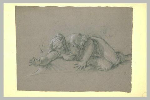 Femme drapée, étendue à terre