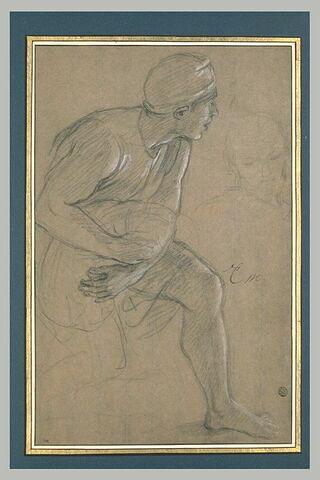 Homme de profil, les genoux fléchis
