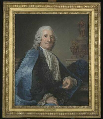 Portrait du sculpteur Jean-Baptiste Pigalle ( 1714-1785), assis, en habit de chevalier de l'ordre de Saint-Michel.