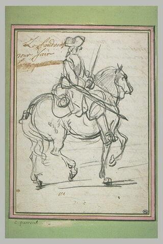 Un cavalier armé marchant au pas