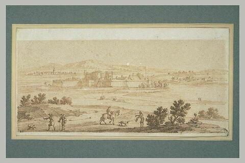 Château fort entouré de remparts dans un paysage vallonné, avec...