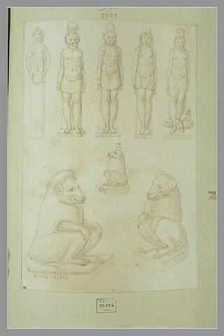 Huit statues égyptiennes