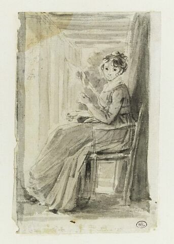 Jeune femme assise, filant sous une pergola