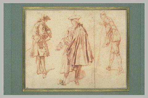 Trois hommes debout dans différentes attitudes