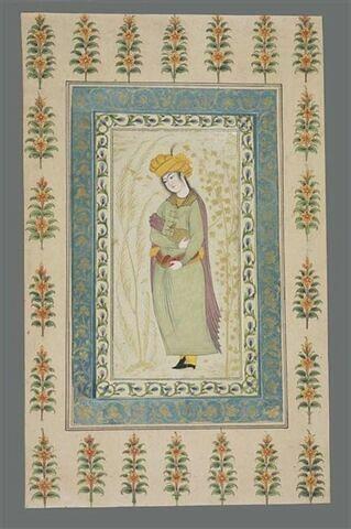Echanson au turban orange : indien debout, tenant une coupe et un vase
