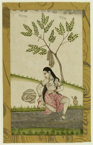 Jeune femme indienne se lavant les pieds