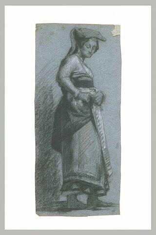 Paysanne italienne agrafant sa robe