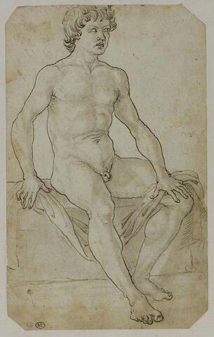 Jeune homme nu assis sur un coffre tenant un linge entre ses mains