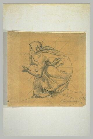 Femme un genou à terre, de profil à gauche, présentant un enfant