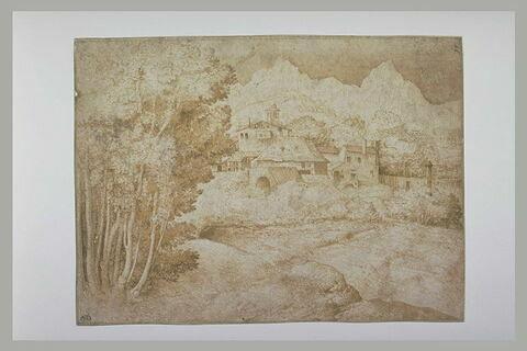Paysage avec des maisons au pied de montagnes, et un torrent près des arbres