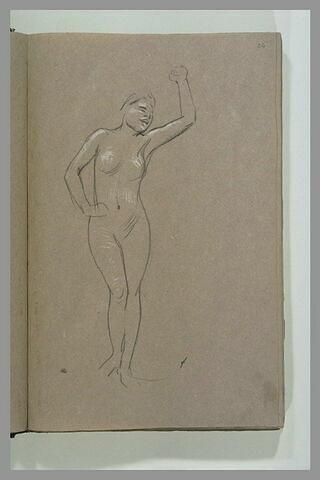 Femme nue, debout, de face, bras gauche levé