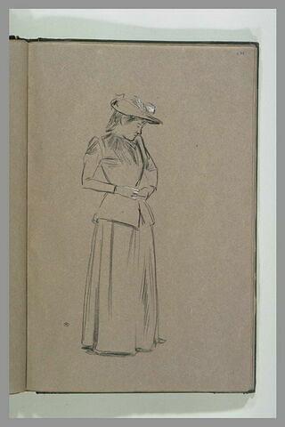 Femme en chemise, tournée vers la gauche